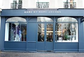 PARIS 081kl