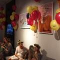 Ausstellung meiner Stylingarbeiten, hübsche Gäste und viieeele Luftballons