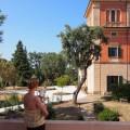 Terrasse with a view –mit Blick auf die Villa Lena.